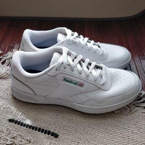 Reebok Shoes - Reebok Classics White Leather Vintage Sneakers 8